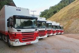 Caminhões da uma moderna frota